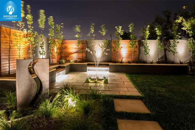 Đèn LED hắt cây – Sáng tạo độc đáo cho không gian sống của bạn